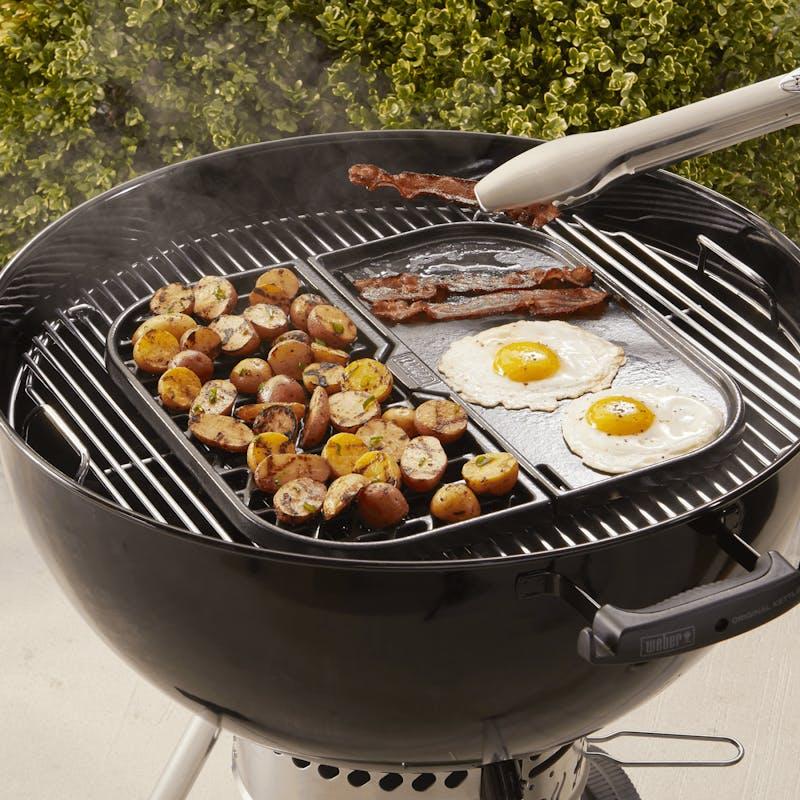 Grill & Griddle Station - Gourmet BBQ System cooking grates image number 4