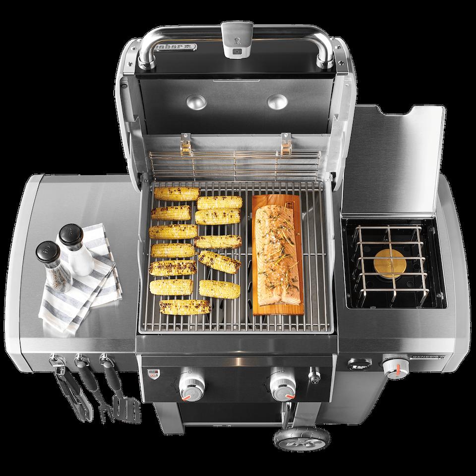Barbecue à gaz Genesis® II LX E-240 GBS